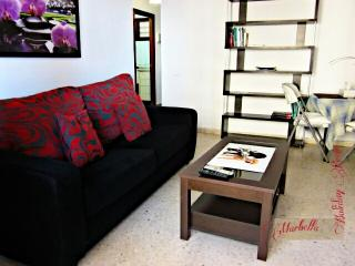MARBELLA DOWN TOWN CENTRAL BEACH APARTMENT - Marbella vacation rentals