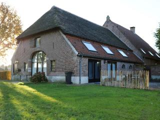 Farmhouse in city. Retreat close to nature reserve - North Brabant vacation rentals
