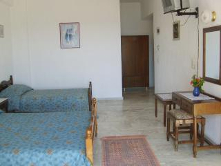 THENDRAKI KOALA HOTEL - Family Room (Sea View) - Votsalakia vacation rentals