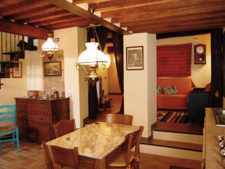 La CASINA nel borgo vicino Siena - Italy - Murlo vacation rentals