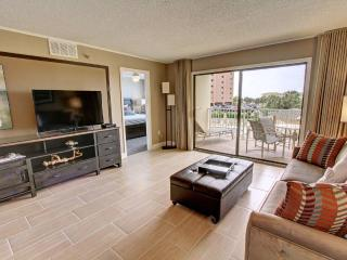 The Islander 214 - 15% OFF Stays 4/11-5/15! Partial Gulf Views on Holiday Isle! Book Online! - Destin vacation rentals