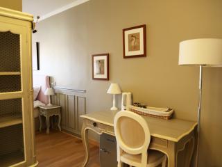 LES SUITES DE VANVES -suite CLASSIC - Vanves vacation rentals