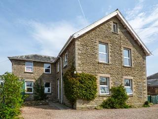 FLAT 1, FRANK LEWIS HOUSE, studio apartment, all ground floor, romantic retreat, walks nearby, in Hay-on-Wye, Ref 916665 - Hay-on-Wye vacation rentals