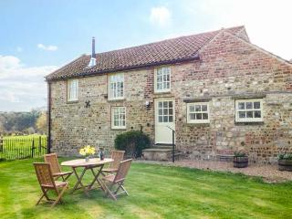 WESTWICK EDGE COTTAGE, en-suite, woodburner, single-storey, superb property in Bishop Monkton, Ref. 921446 - Burton Leonard vacation rentals