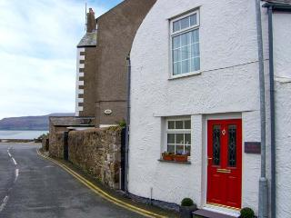 THE OLD FIRE STATION, town centre location, woodburner, pet-friendly, stylish - Beaumaris vacation rentals