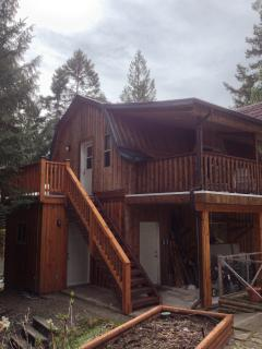 Perfect Studio with Deck and Internet Access - Cobble Hill vacation rentals