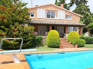 La Garriga 10+2 - La Garriga vacation rentals