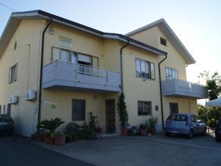 1 bedroom Bed and Breakfast with Internet Access in Petacciato - Petacciato vacation rentals