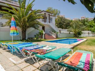 V01 STUNNING & BEAUTY WITH AMAZING POOL - Nerja vacation rentals