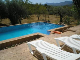 1 bedroom Apartment with Shared Outdoor Pool in Rasquera - Rasquera vacation rentals