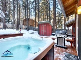 2BR Cute Alpine Cottage, Hot Tub, 5 min to Downtown, Walk to Skiing - South Tahoe vacation rentals