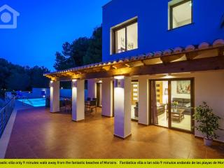 Charming Villa with Television and Microwave - La Llobella vacation rentals