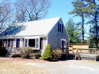 SOUTH OF ROUTE  28 ~ OSTERVILLE !! 125809 - Osterville vacation rentals