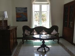 Nice 4 bedroom Mondello House with Internet Access - Mondello vacation rentals