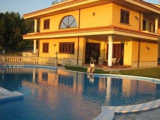 Bright Calabria vacation Villa with Deck - Calabria vacation rentals