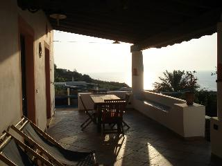 3 bedroom House with A/C in Malfa - Malfa vacation rentals