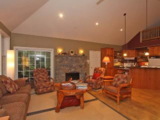 IDOWANNAGOHOME cottage (#944) - Sauble Beach vacation rentals