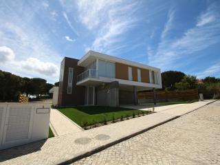 Obidos Lagoon Wellness Villas - Superior - Obidos vacation rentals