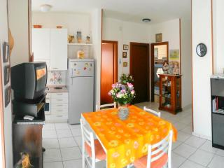 Lido di Pomposa Montebianco 17 - Lido di Pomposa vacation rentals