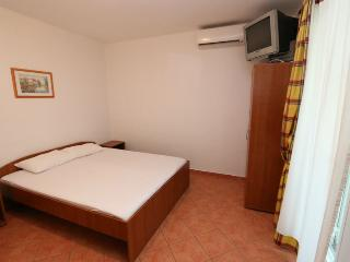 Stylish studio apartment for 2 people - Novalja vacation rentals