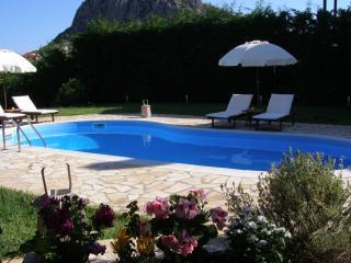 Modern Villa Private pool garden bbq ac wifi 5'sea - Nauplion vacation rentals
