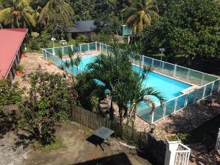 Bungalow caraibe - Petit-Bourg vacation rentals