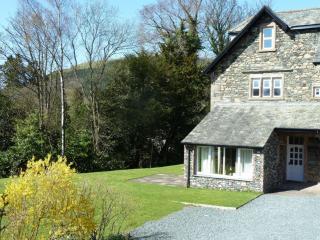 GARDEN COTTAGE Fieldside Grange, Keswick - Keswick vacation rentals