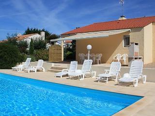 Villa Les Cygnes - Les Sables-d'Olonne vacation rentals