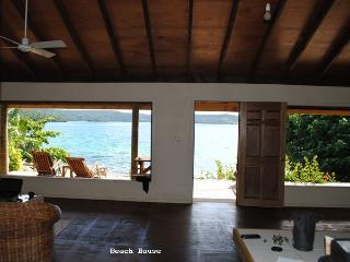Beautiful 2 bedroom Neiafu House with Deck - Neiafu vacation rentals