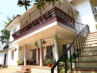 Nice 4 bedroom Thekkady House with Internet Access - Thekkady vacation rentals