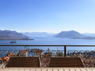 Suite North Lake View, Luxury Apartment in Stresa - Stresa vacation rentals