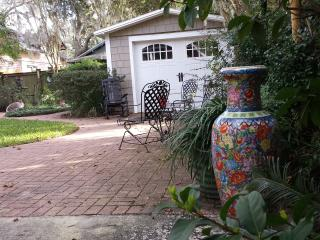 Charming Studio with Internet Access and Patio - Jacksonville vacation rentals
