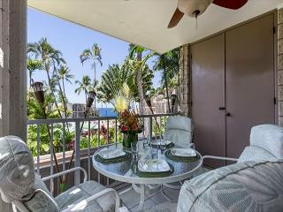 Great Ocean Views,  Close to Town! Alii Villas 208  ask us for 15% discount - Kailua-Kona vacation rentals