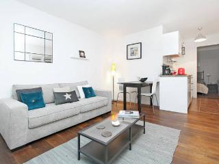 Exclusive adress in Marais, quiet and comfortable - Paris vacation rentals