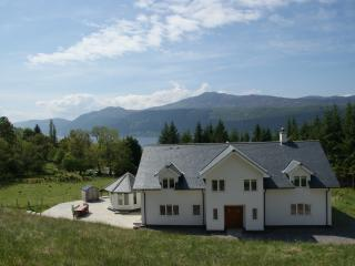 Sealladh an Loch - Foyers vacation rentals