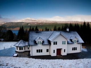 Perfect 6 bedroom House in Foyers - Foyers vacation rentals