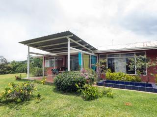 8 BR Casa Vista Golfo tropical mountain refuge - San Ramon vacation rentals