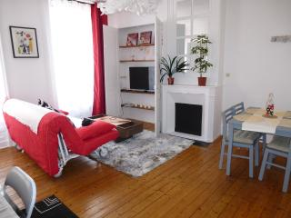 Cozy 1 bedroom Cherbourg-Octeville Resort with Internet Access - Cherbourg-Octeville vacation rentals