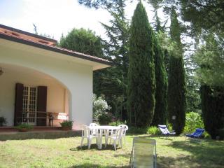 Villetta Manuela in posizione panoramica con vista - Castellina Marittima vacation rentals