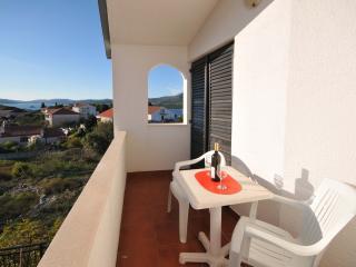 Cozy 1 bedroom Okrug Donji Condo with Internet Access - Okrug Donji vacation rentals