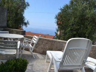 Holidayhome with garden and seaview - Ascea vacation rentals