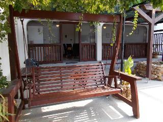 """""""Loveshack"""" open aspect accom - Stara Novalja vacation rentals"""