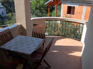 Romantic 1 bedroom Condo in Tribunj with Internet Access - Tribunj vacation rentals
