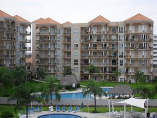 Beautiful Condo in Marina Mazatlan- PORTOFINO - Mazatlan vacation rentals