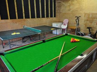 2 bedroom Cottage with Game Room in Kings Nympton - Kings Nympton vacation rentals
