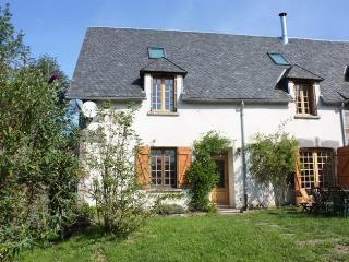 Traditional auvergnian house in peaceful village - La Bourboule vacation rentals