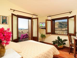 Villa Dafne Doppia Comfort - Alia vacation rentals