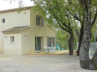 Maison individuelle dans le Gard - Saint-Laurent-La-Vernede vacation rentals