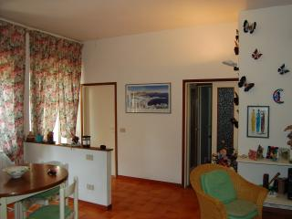 Cozy Condo with Central Heating and Television - Follonica vacation rentals