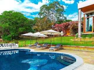 Peninsula Estate - Victoria vacation rentals
